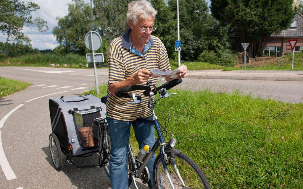 Hondenfietskar of in de fietsmand : ga toch fietsen (met de hond) !